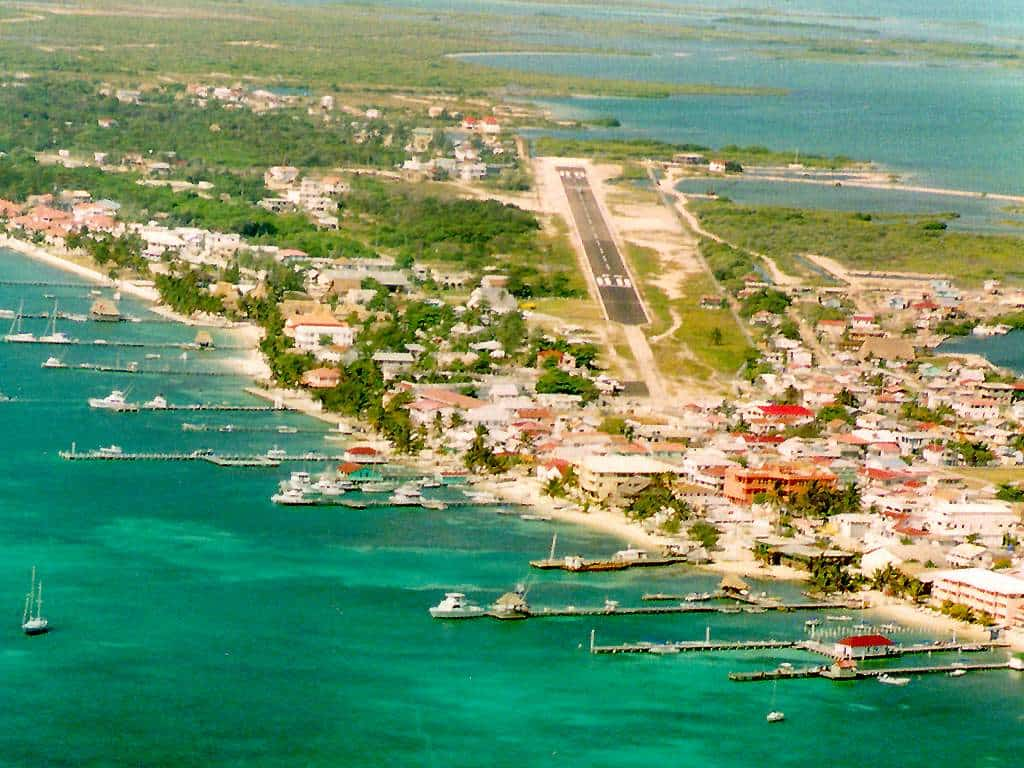 old ambergris caye photo