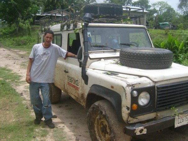 jungle-trek-belize