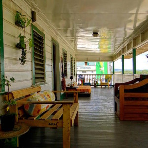 old house hostel belize